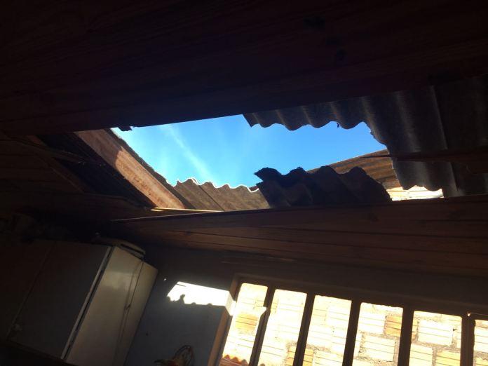 Criminoso entrou pelo telhado / Foto: 24º BPM / Divulgação / OA
