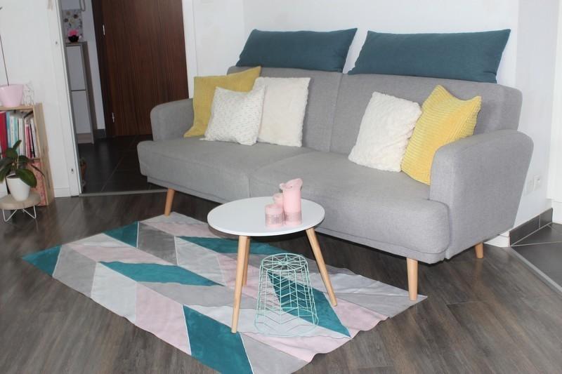 tapis en suedine au design scandinave