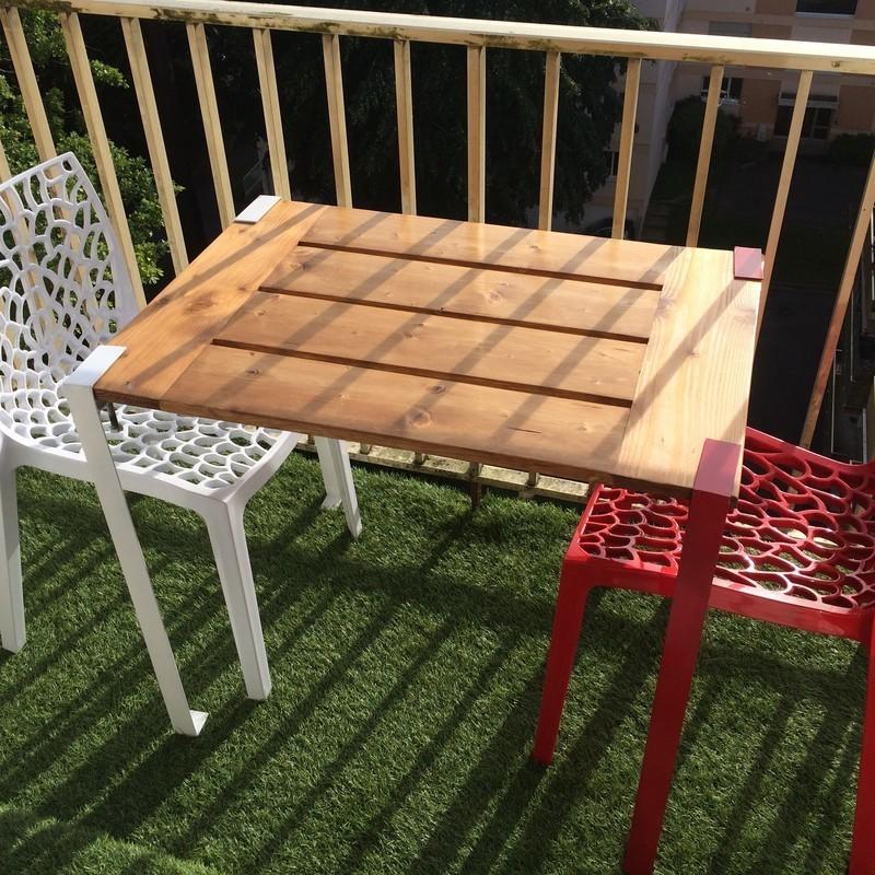 une table demontable pour le balcon