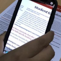 Aplicativo brasileiro (e gratuito) permite que cegos leiam textos impressos