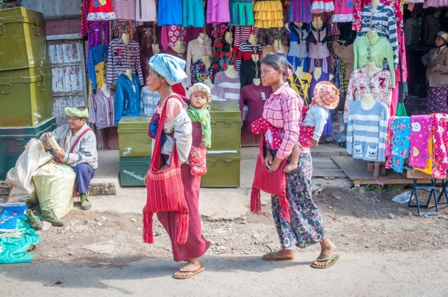 Myanmar, zi de piata in Shan State