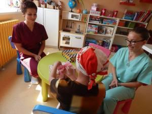 Prima peruca donata unui copil de catre asociatia DPC (2)