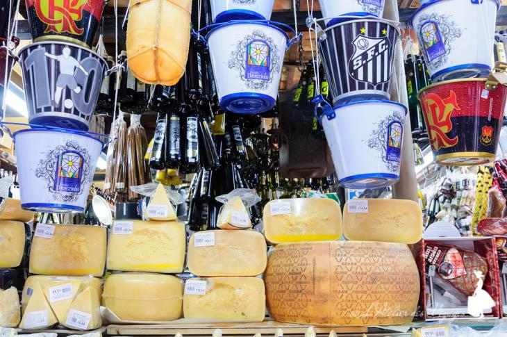 Mercado Municipal cheese1