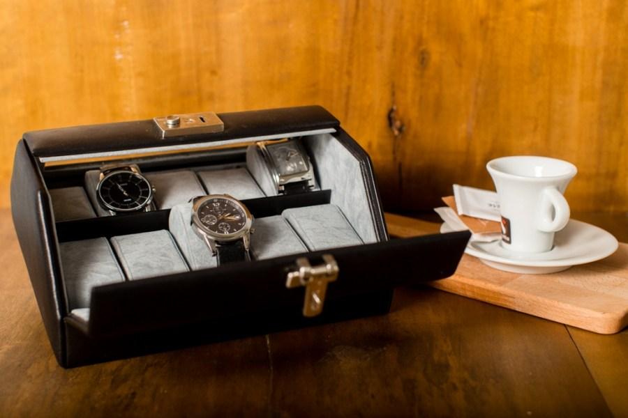 cutie 10 ceasuri cu capac windrose