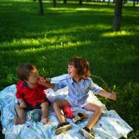 Joacă liberă afară, fără grija țânțarilor și a căpușelor. În sfârșit!