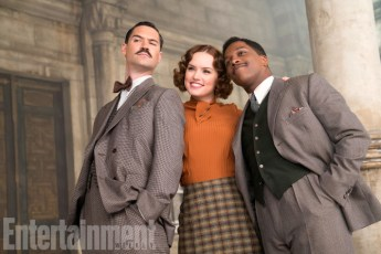Murder on the Orient Express (2017) Manuel Garcia-Rulfo, Daisy Ridley and Leslie Odom Jr.