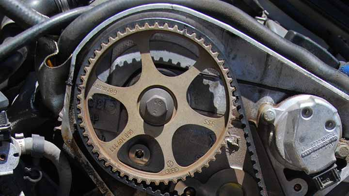 Pros and Cons of Timing Chain vs Timing Belt - Oards com
