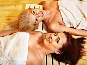 Spa Sunday offers complimentary manicures and pedicures from 3pm-6pm.