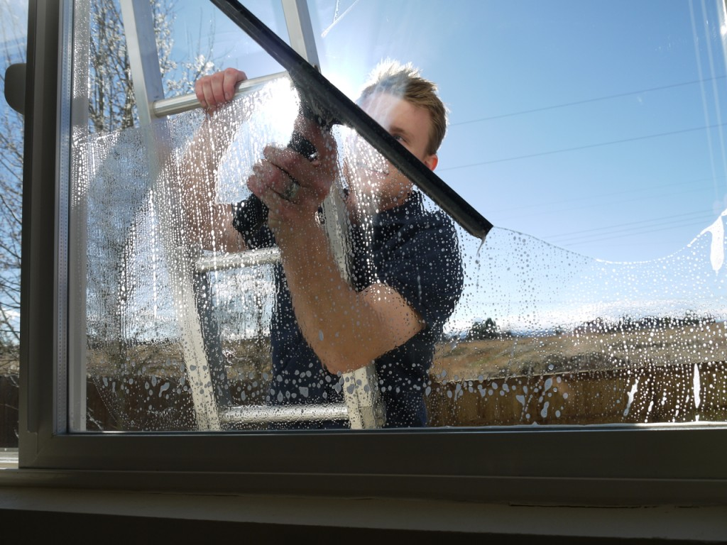 window cleaner mitcham