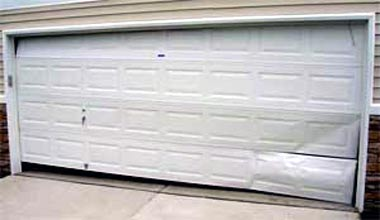 Bon Oasis Garage Doors
