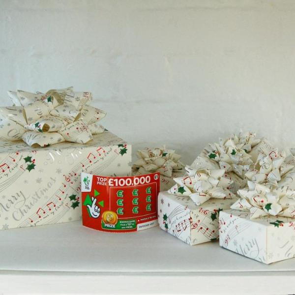 Christmas-Crackers-Gift-Box-Lottery-Ticket-Scratch-Card-Handmade-Origami-3-Oast-House-Gifts
