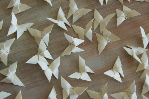 Origami-Butterfly-Wedding-Party-Table-Scatters-Confetti-Handmade-Cream-Oast-House-Gifts