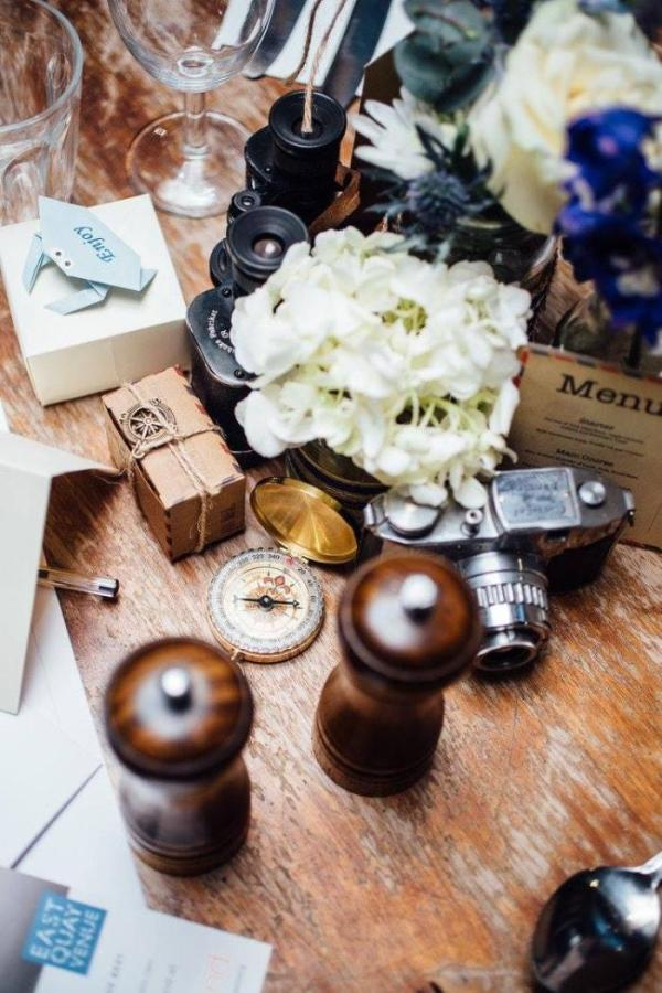 Wedding-Favour-Boxes-Personalised-Origami-Crabs-East-Quay-Venue-Handmade-Matildadelves-Wedding-Photography-1-Oast-House-Gifts