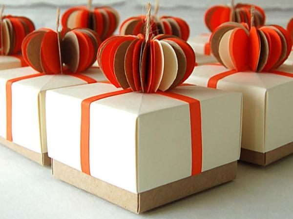 Wedding-Favours-Pumpkin-Topped-Handmade-Origami-Boxes-Oast-House-Gifts