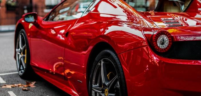 Posiadanie samochodu luksusowego – czy się opłaca?
