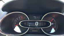 Samochód jeszcze pachnie nowością