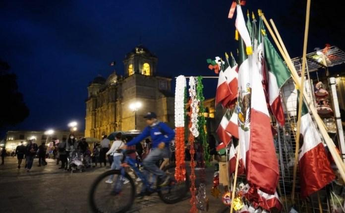Pandemia deja ventas de fiestas patrias por los suelos, dicen comerciantes    Oaxaca