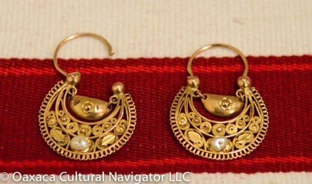 Small antique 10k gold and pearl filigree earrings, Oaxaca, pawn shop