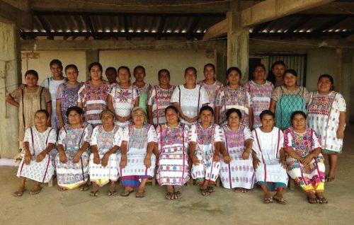 Flor de Xochistlahuaca cooperative asks for your help