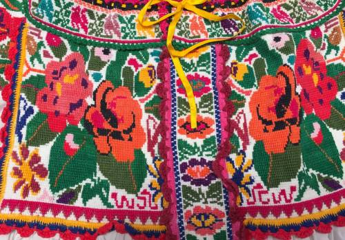 Chatina blouse detail. Photo from Barbara Cleaver.
