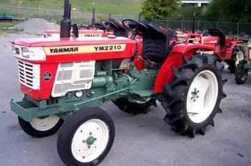 1976年 YM2210 2気筒ディーゼルエンジン 世界で初めて小型トラクターのトランスミッションにパワーシフト機構を採用。25馬力