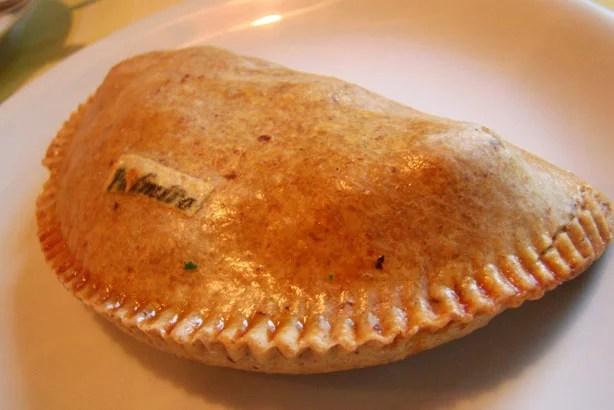 Empanada com recheio de palmito