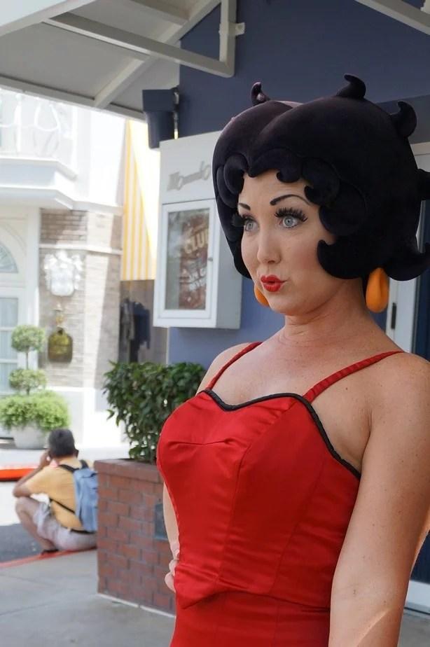 Universal - Betty