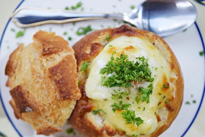 Ovo no pão