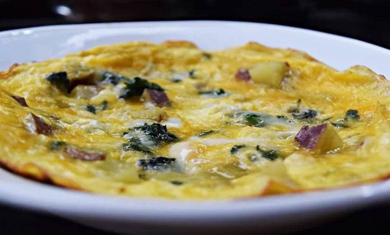 Omelete de batata doce e espinafre