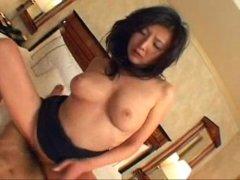 妖艶な黒髪美熟女がホテルで豪快な性交してるおまんこな塾女性雑誌40代下着
