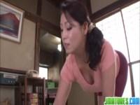 愛矢峰子がスパッツ姿でせつくすおばさん!巨乳でデカ尻の豊満完熟ボディにパイパンおまんこが堪らないjyukujo動画画像無料