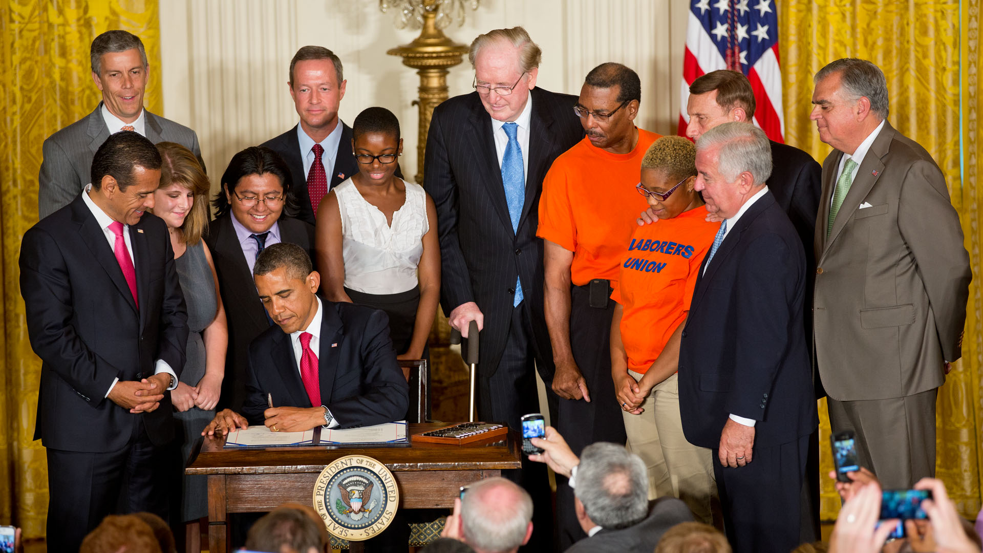 President Obama Signs Bill to Create Jobs  Restore America s     President Obama signs MAP 21