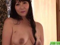 中高年の夫婦の営みがなくてポルノビデオ体験する普通の熟女人妻のjyukujyokurabu.5