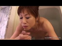 還暦過ぎた完熟おばあさんが風呂場で男根を貪ってるおめこなjyukujo50.com