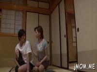 昭和の五十路熟女が甥のオナニーを見て欲情して性交してる日活 無料yu-tyubu