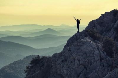 zirve tırmanış başarısı & hedef mutluluğu