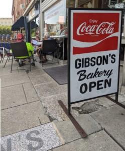 Picture showing Gibson's is open in2021