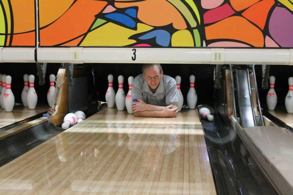 Tom+Reid%2C+bowling+instructor+and+coach