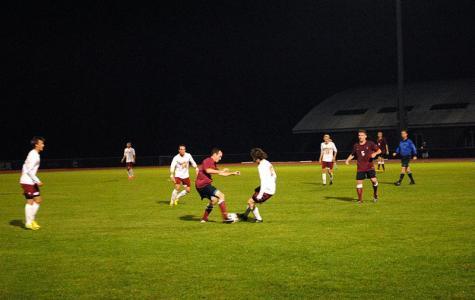 Ingham Leads Men's Soccer Past Earlham
