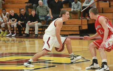 Men's Basketball Wins Season Opener Over Tigers