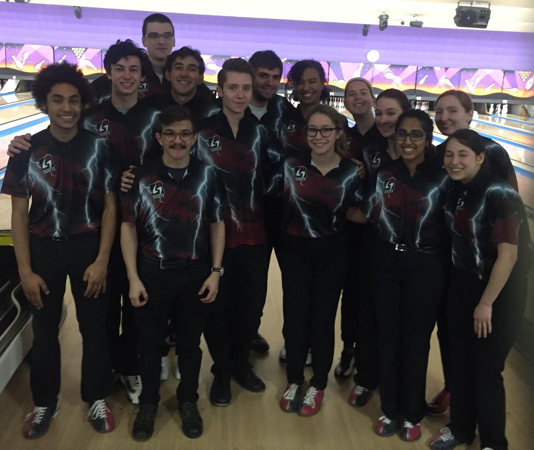 The Oberlin College Thunder fielded a women's team for the first time since 2007. Stacked with first-years, the men's and women's teams traveled to Kent State University on Feb. 18-19 to compete in the Black Squirrel Open.