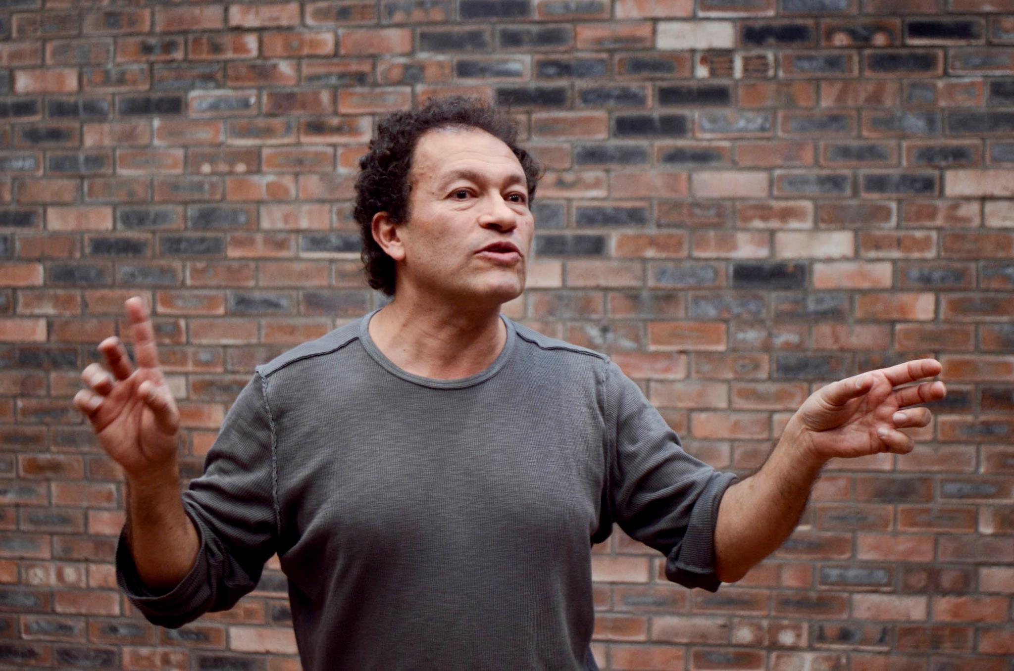 Hector Aristizábal arrived in Oberlin to run several theater workshops and produce a forum play with students and community members.