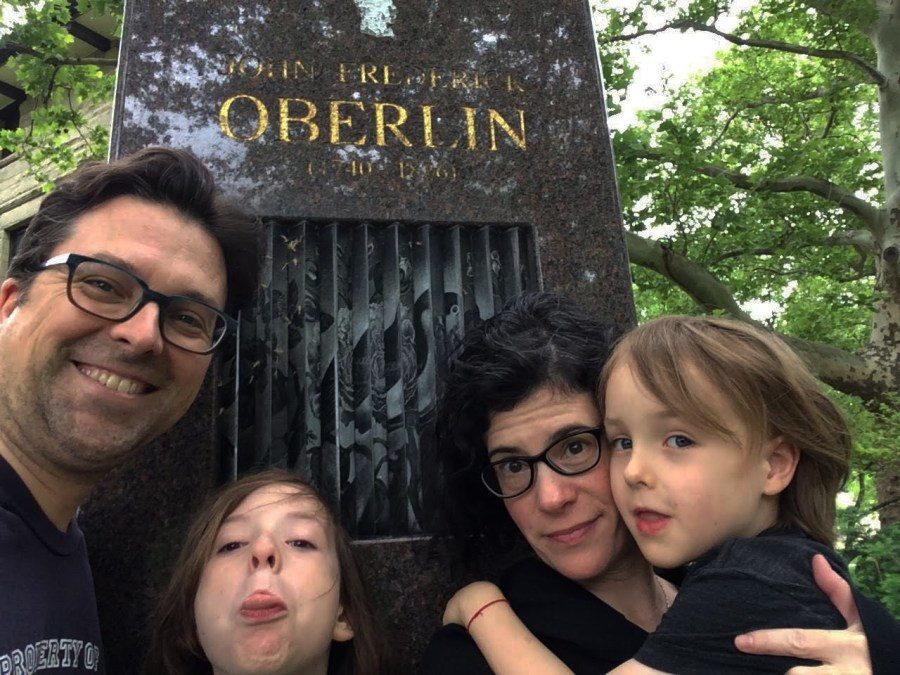 Professors+Emily+Barton+and+Tom+Hopkins%2C+new+staff+in+the+Creative+Writing+department%2C+are+quite+proficient+in+the+art+of+the+selfie+and+taking+family+portraits+around+Oberlin.
