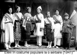slobozia - elevi costume populare