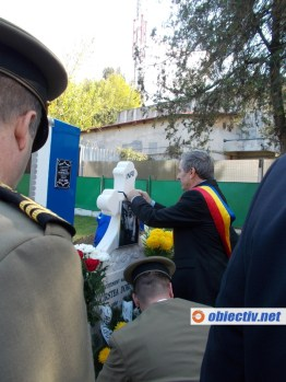 cimitirul eroilor slobozia - reinhumare aviator cirstea dorobantu - 25
