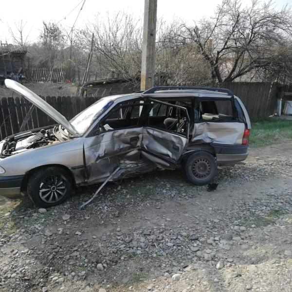 Ialomița: Accident rutier soldat cu trei victime la Coșereni