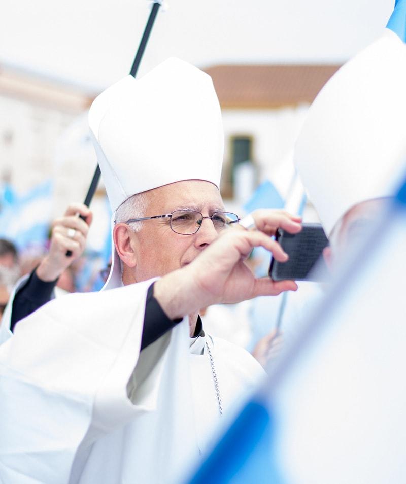 Monseñor Santiago Olivera durante la Misa en la Basílica de Luján
