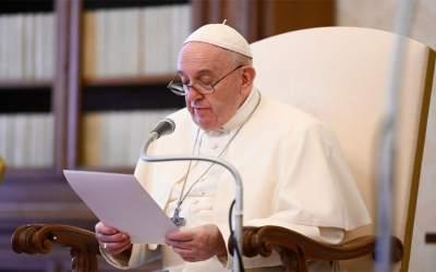 Papa Francisco | Aprendemos de Abraham a orar con fe, pero siempre dispuestos a aceptar la palabra de Dios y ponerla en práctica