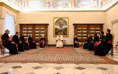 Papa Francisco | La oración nos ayuda a amar a los otros