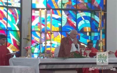 Mons. Olivera | Tenemos que contemplar justamente en la Cruz de Cristo el amor que Dios nos tiene